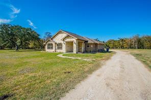 20106 County Road 684b, Sweeny, TX 77480