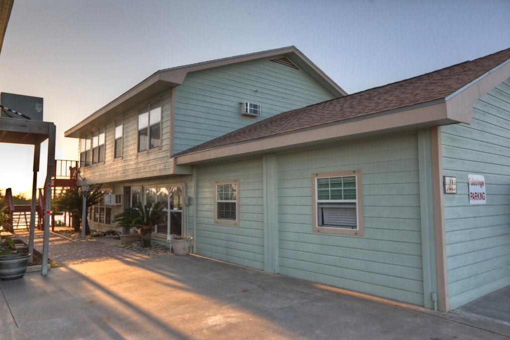 143 Fm 2031 Beach Road, Matagorda, TX 77457