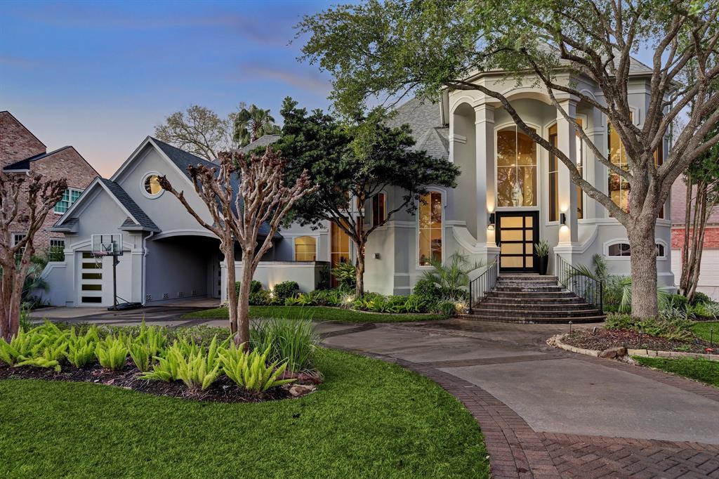 806 Peachwood Bend Drive, Houston, TX 77077