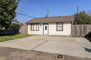 3001 carter street, pasadena, TX 77503
