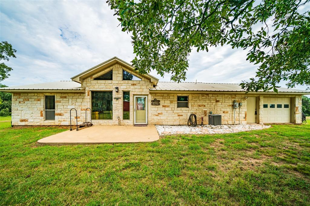 1100 Private Road 6079, Palestine, TX 75803