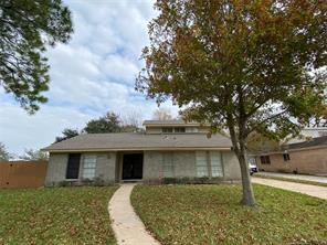 1818 elmwood court, sugar land, TX 77498