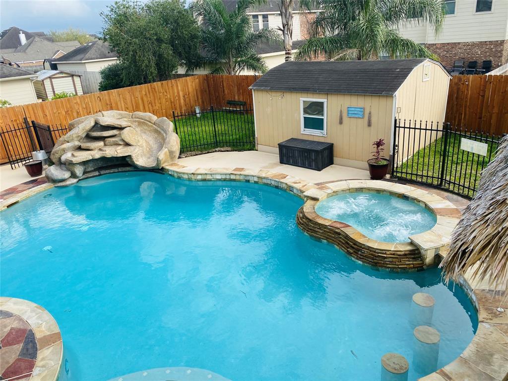 2513 Pine Brook Drive, Deer Park, TX 77536