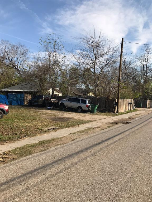 308 W Donovan Street, Houston, TX 77091