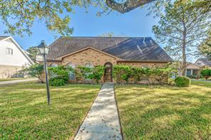 12211 riva ridge lane, houston, TX 77071