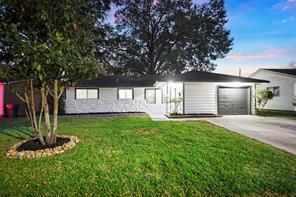 1206 valerie avenue, pasadena, TX 77502