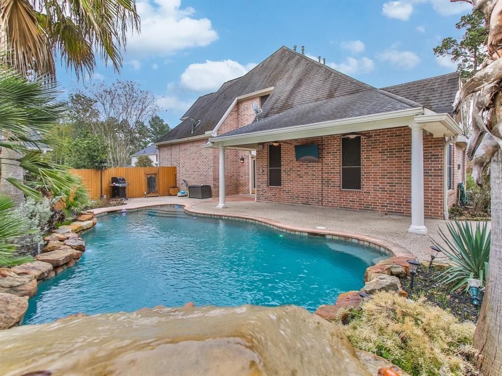13139 Oakwood Manor Drive, Cypress, TX 77429