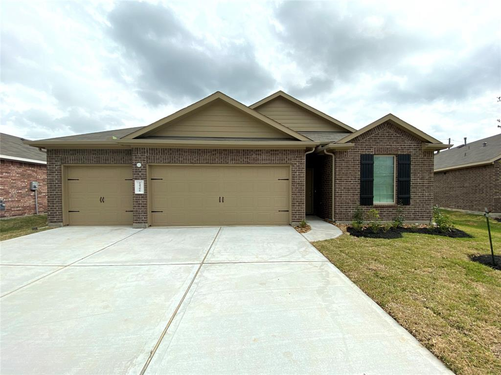 """New neighborhood, new home! Brand new single story Dr Horton never lived-in. This smart home offers: All Frigidaire stainless steel appliances, oversized lot, 3 car garage, open floor plan, kitchen w/granite countertops and tons of cabinet space, luxury vinyl flooring, Rinnai tankless water heater, """"Smart Home"""" Technology with key-less entry and """"Alexa"""" all controlled by an app on your smart phone! No back neighbors and nice covered patio! World class shopping, great dining and entertainment options just minutes away. Must see today!"""