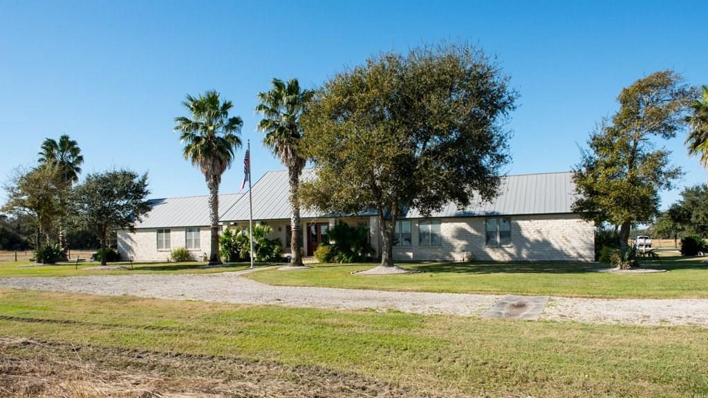 4659 Fm 1160 Road, Louise, TX 77455