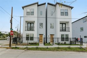 2403 anita street, houston, TX 77004