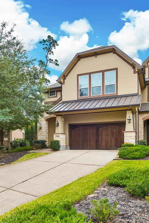 Stunning townhome with high-end upgrades for lease in Creekside Park. Close to the Exxon campus and convenient to schools and The Woodlands town center. This stunning home features an open floor plan with high ceilings and travertine flooring throughout main living area, neutral paint and large windows. Chef's dream kitchen with lots of cabinets, pantry, large island and top quality stainless steel appliances including a 4-burner gas range. Second floor features an extra large master bedroom with high ceilings, game room, 2 secondary bedrooms and the utility room. Covered patio and plenty of privacy. Washer/Dryer/Refrigerator stay.Perfectly located, walking distance from Rob Fleming Park and with easy access to I-99. Make your appointment now!