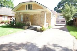 4321 clay stret, houston, TX 77023