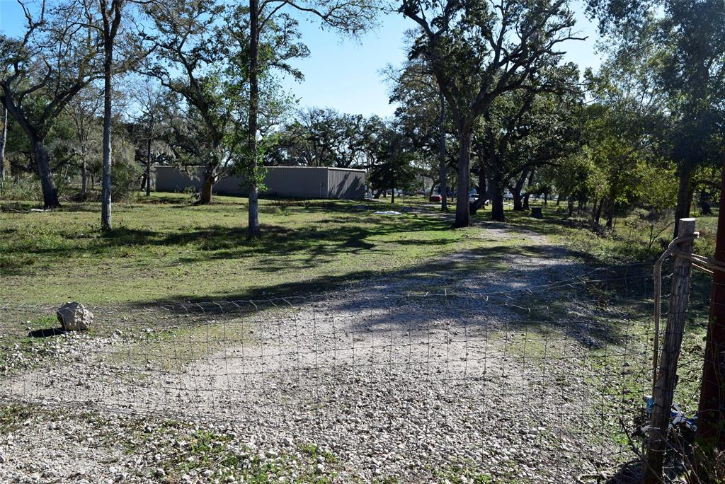3990 County Road 126, Van Vleck, TX 77482