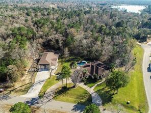 401 Trade Winds Court, Montgomery, TX 77316