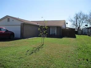 236 austin street, angleton, TX 77515