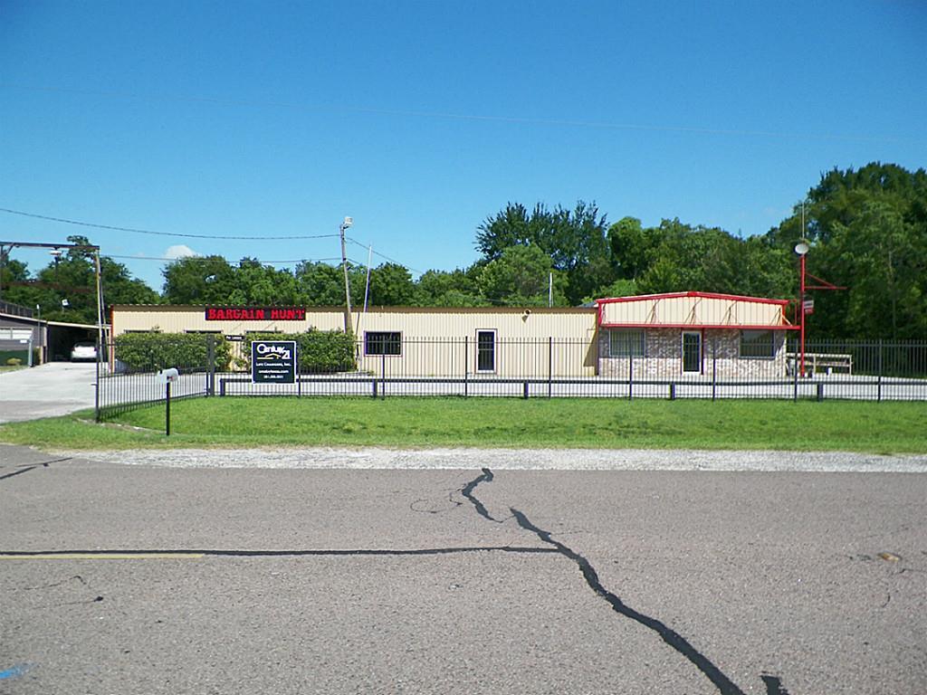 2804 Highway 90 Highway, Crosby, TX 77532