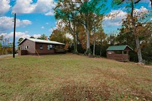 4465 Carters Ferry Road E, Milam, TX 75959