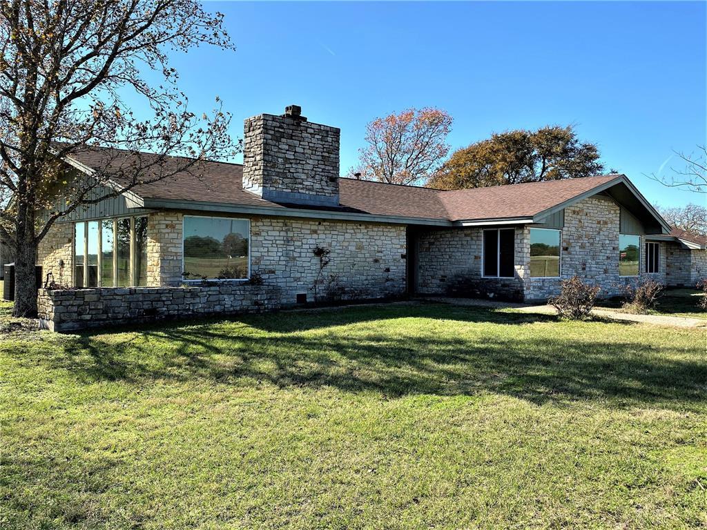 392 Blume Lane, Ledbetter, TX 78946