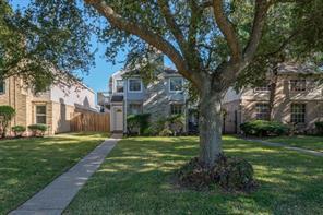 1405 Cypress Cove Street, La Porte, TX 77571