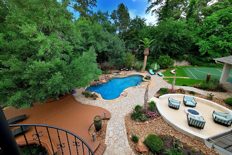 50 Palmer Woods Drive, The Woodlands, TX 77381