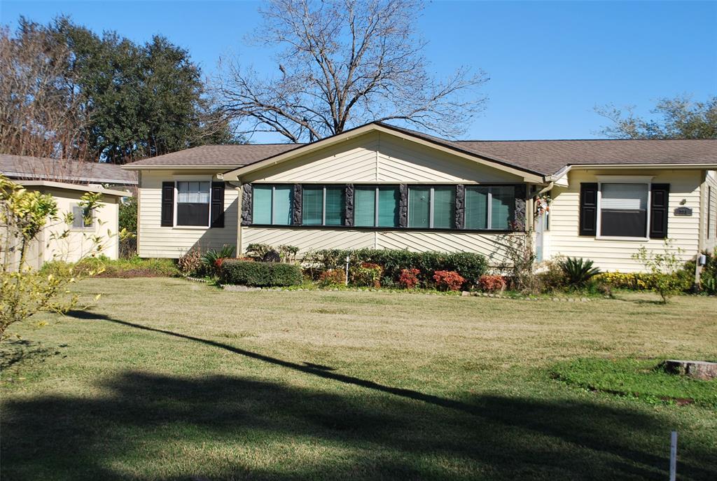 231 Ferguson Way, Point Blank, TX 77364