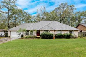 323 Chateau Woods Pkwy Dr, Conroe TX 77385