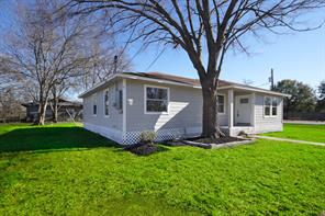 5522 bacher street, houston, TX 77028