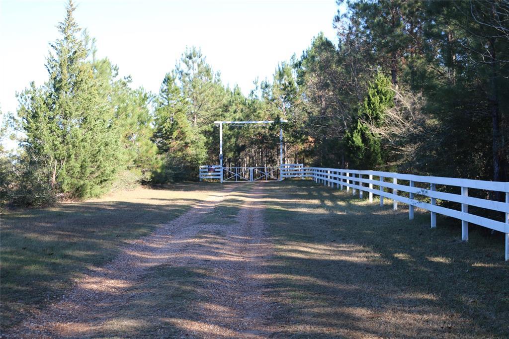 501 County Road 1096, Woodville, TX 75979