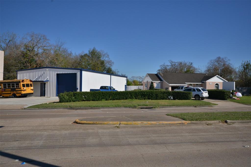2037 Allen Genoa Road, Pasadena, TX 77502