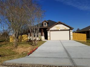 419 Texas Avenue, Rosharon, TX 77583