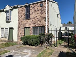 8723 victorian village drive, houston, TX 77071
