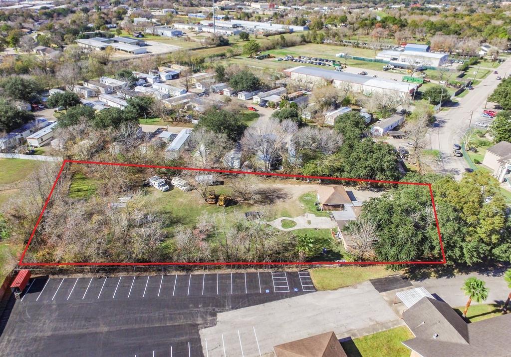910 Perla Road, Pasadena, TX 77502