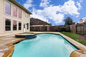 4708 cypress bend court, pearland, TX 77584