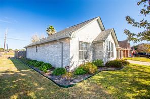 601 Manor, Angleton, TX, 77515
