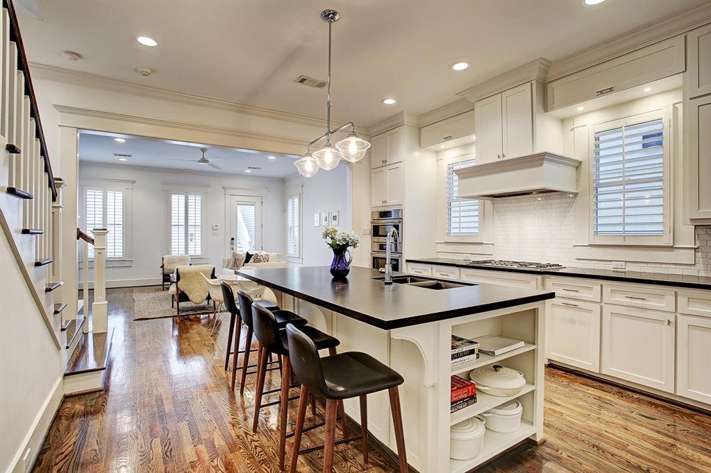 Note the upgraded millwork and crown molding in this property.  As well the doors are solid core, not typical.