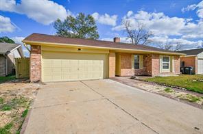 9919 towne brook lane, sugar land, TX 77498