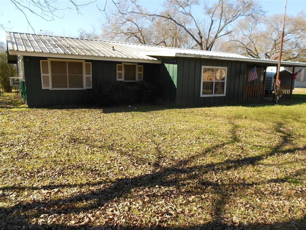 453 W 4th Street, Groveton, TX 75845