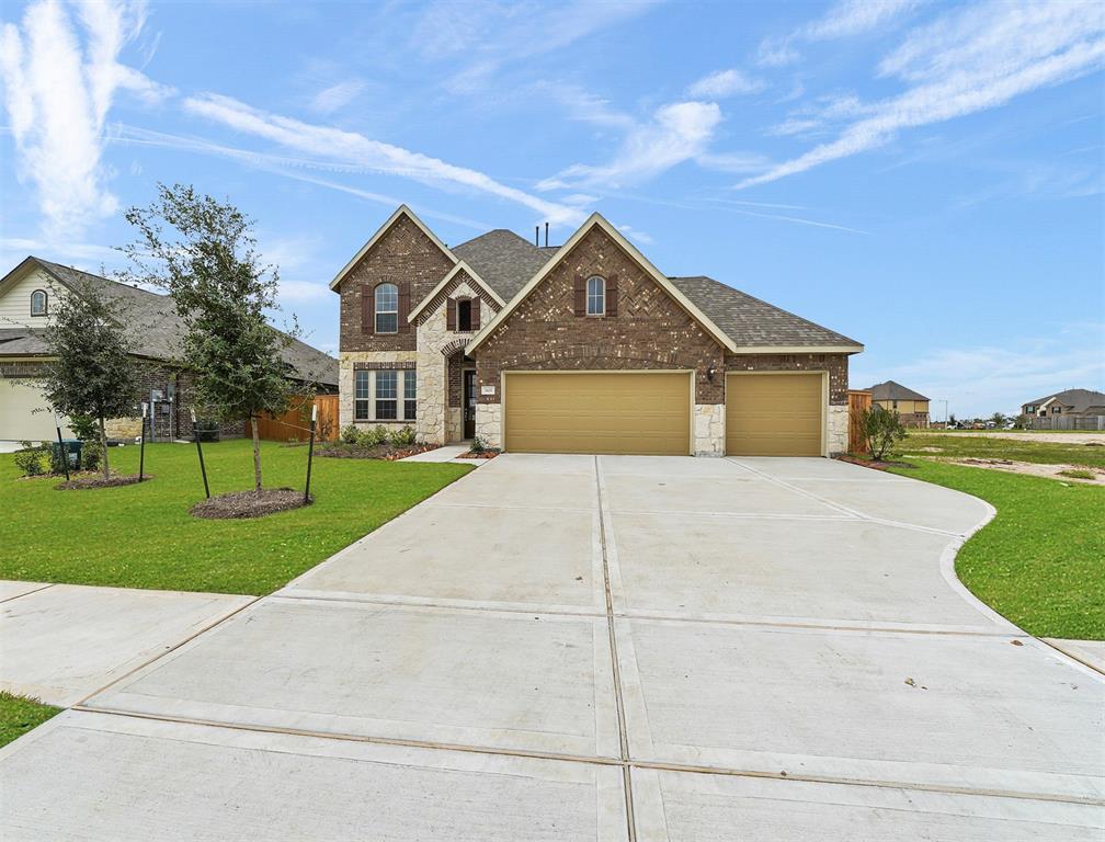 3101 Red Pebble Lane, Texas City, TX 77568