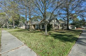 14802 Cedar Point Drive, Houston, TX 77070