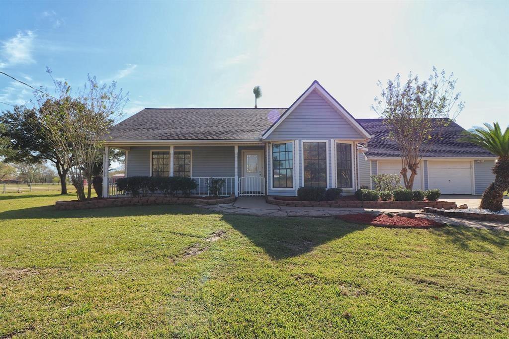 13811 Carolyn Street, Santa Fe, TX 77517