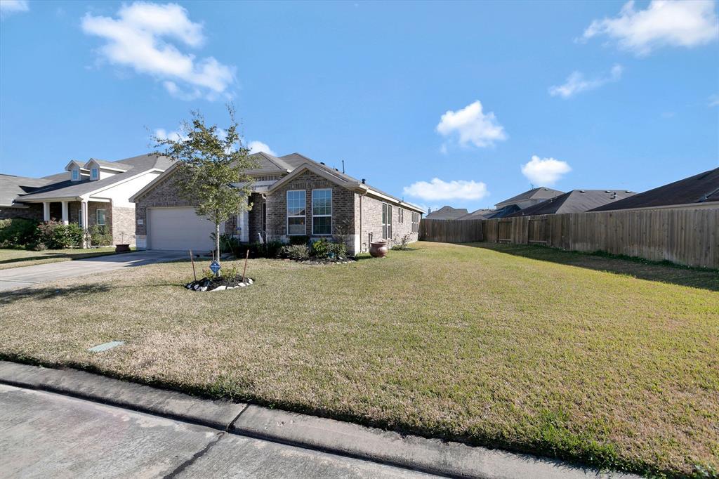 13919 Lanier Shore Lane, Houston, TX 77047