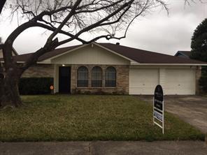 17031 Stone Stile Drive, Friendswood, TX 77546