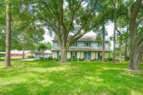 928 Layfair Place, Friendswood, TX 77546