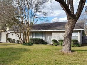 5006 imperial street, bellaire, TX 77401