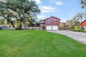 411 Tamarind Street, Lake Jackson, TX, 77566