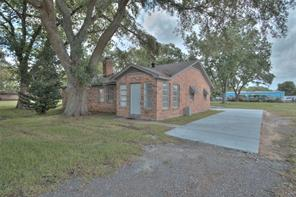 7933 broadway, pearland, TX 77581