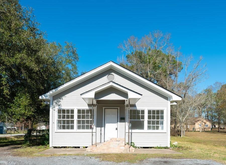 650 W Ave D, Silsbee, TX 77656