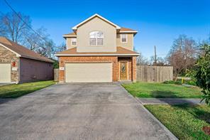 3002 paige street, houston, TX 77004