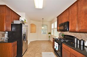 2122 Waterford Park St Street #11