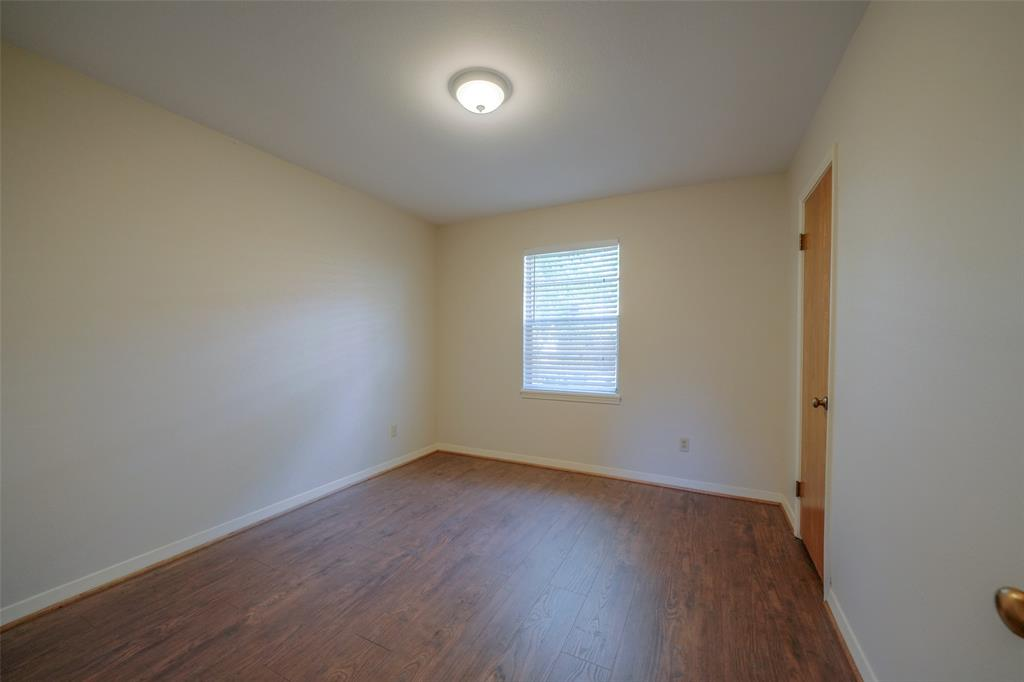 Fourth bedroom.